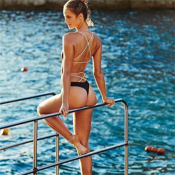 da47ca2e4936 Dámske plavky - dámske celé sexi plavky so šnúrkami