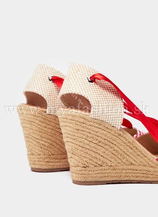 7d491cbe85 Dámske sandále - dámske letné klinové sandále